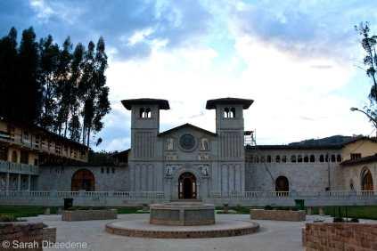 La iglesia de Polloc.