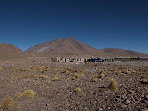 Base camp near the Laguna Colorada.