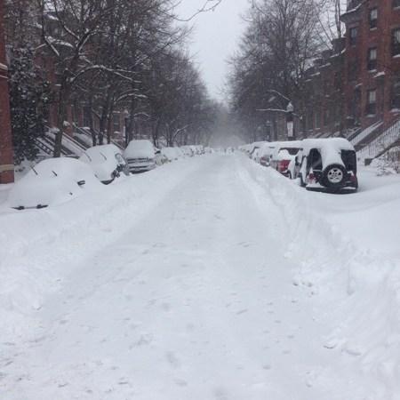 SNOWMYGAWD – Juno the Blizzard of 2015