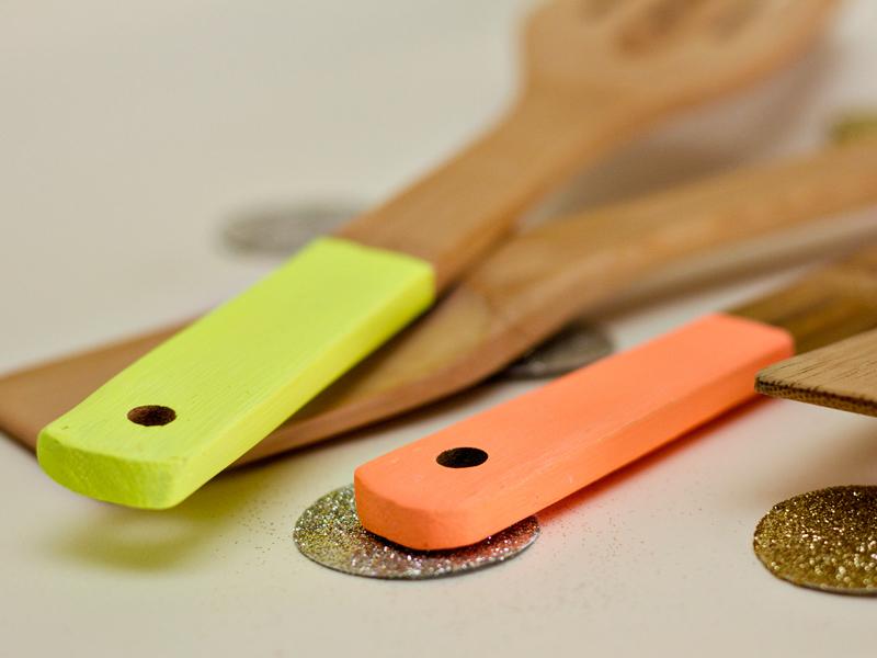 neon kitchen utensils 3