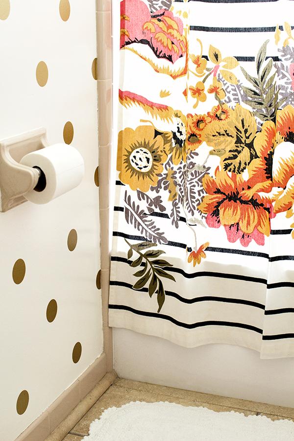 Polka Dot Bathroom Walls | Sarah Hearts