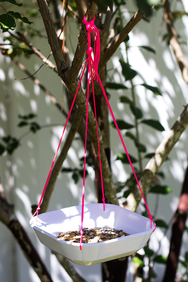 DIY Bowl Bird Feeder | Sarah Hearts
