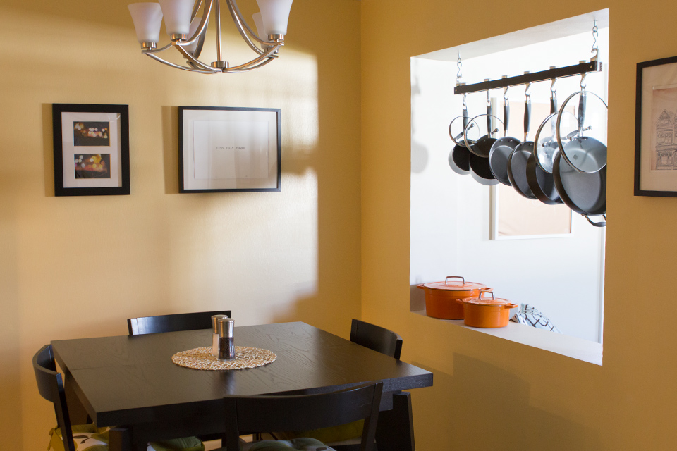 House Tour: Hanging Pot Rack in Kitchen