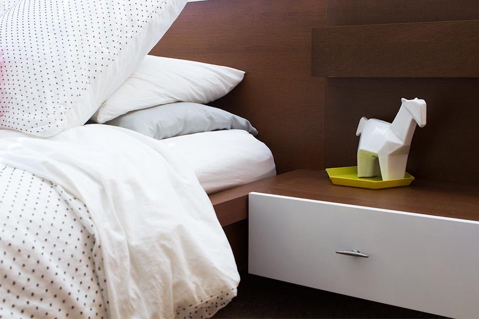 DIY Ikea Hack: Malm sidetable turned into a mid-century modern nightstand