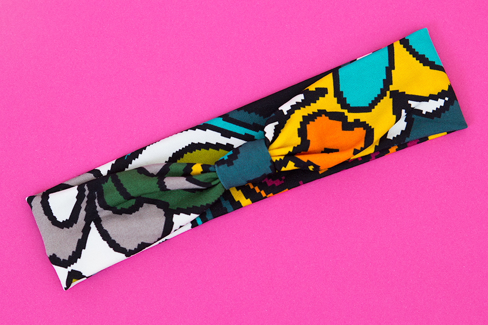 Make colorful headbands out of your favorite knit fabric! Click through for a step-by-step tutorial.