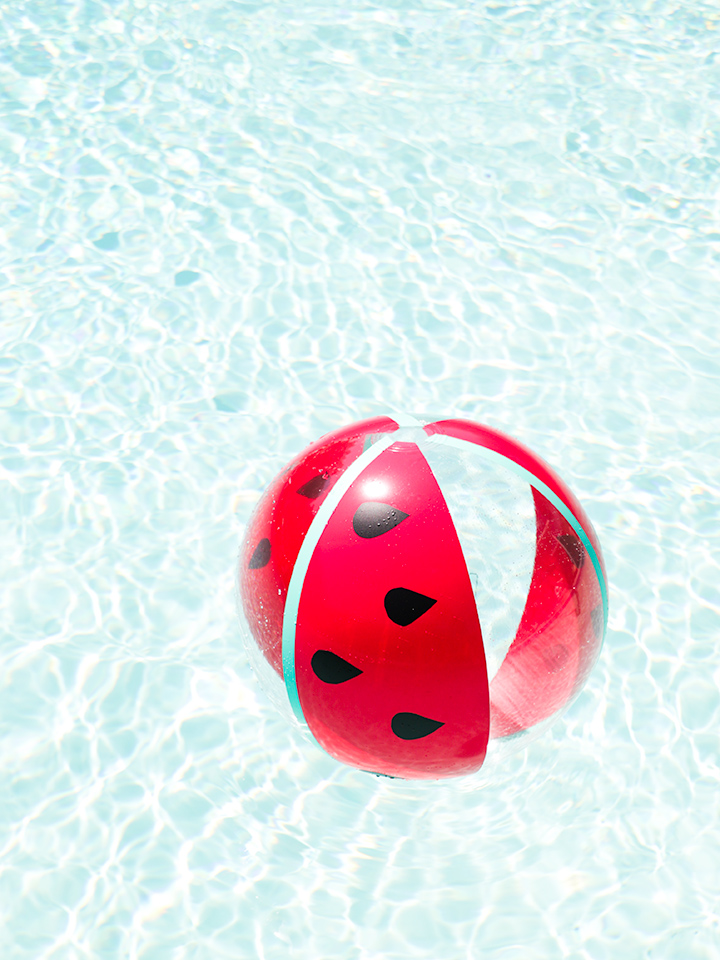 Transform a regular beach ball into a cute watermelon in just a couple minutes! Click through for the video tutorial.