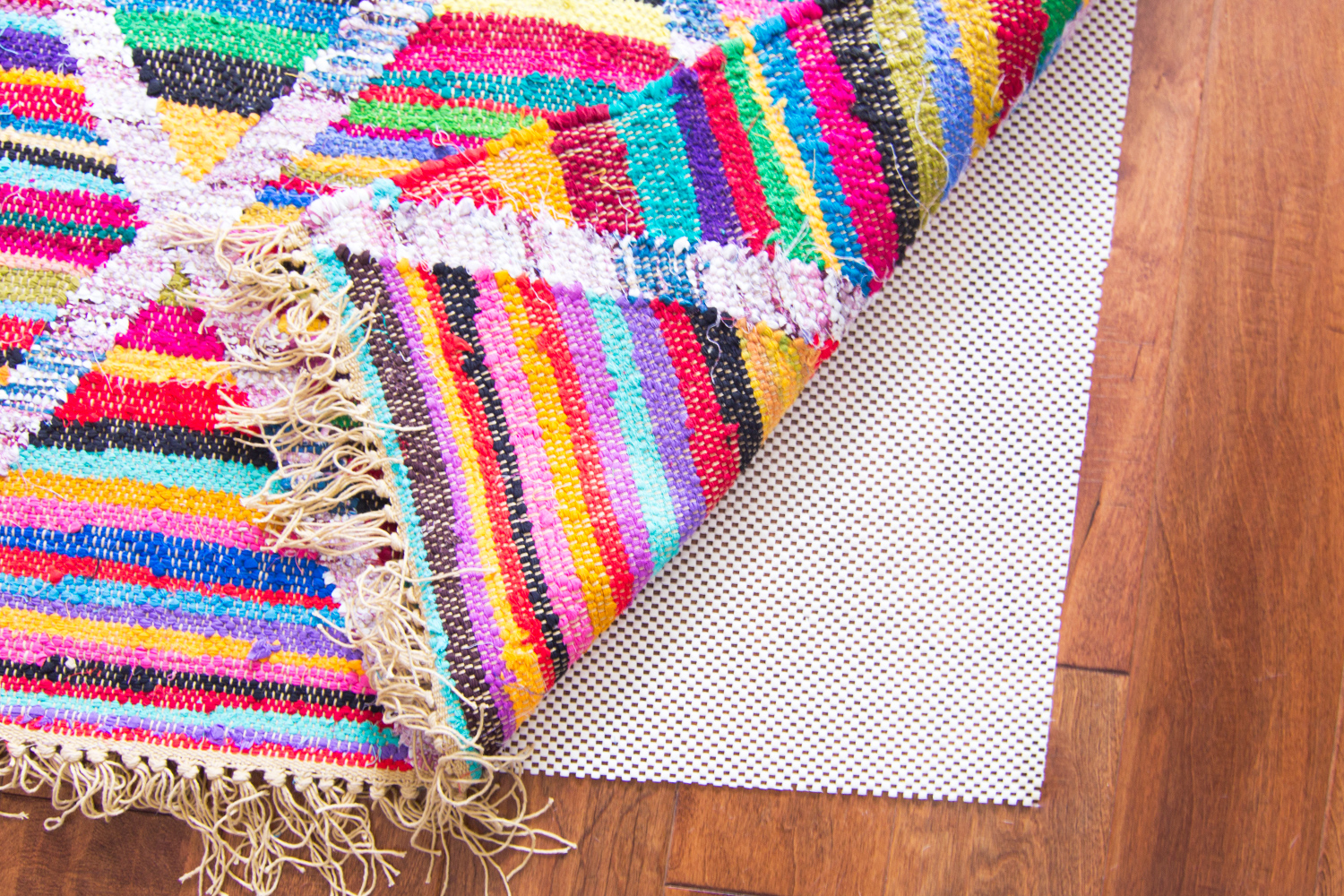 Loving this bright multicolored rug!