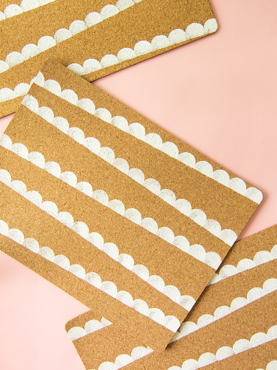 DIY Scallop Cork Ikea Placemats