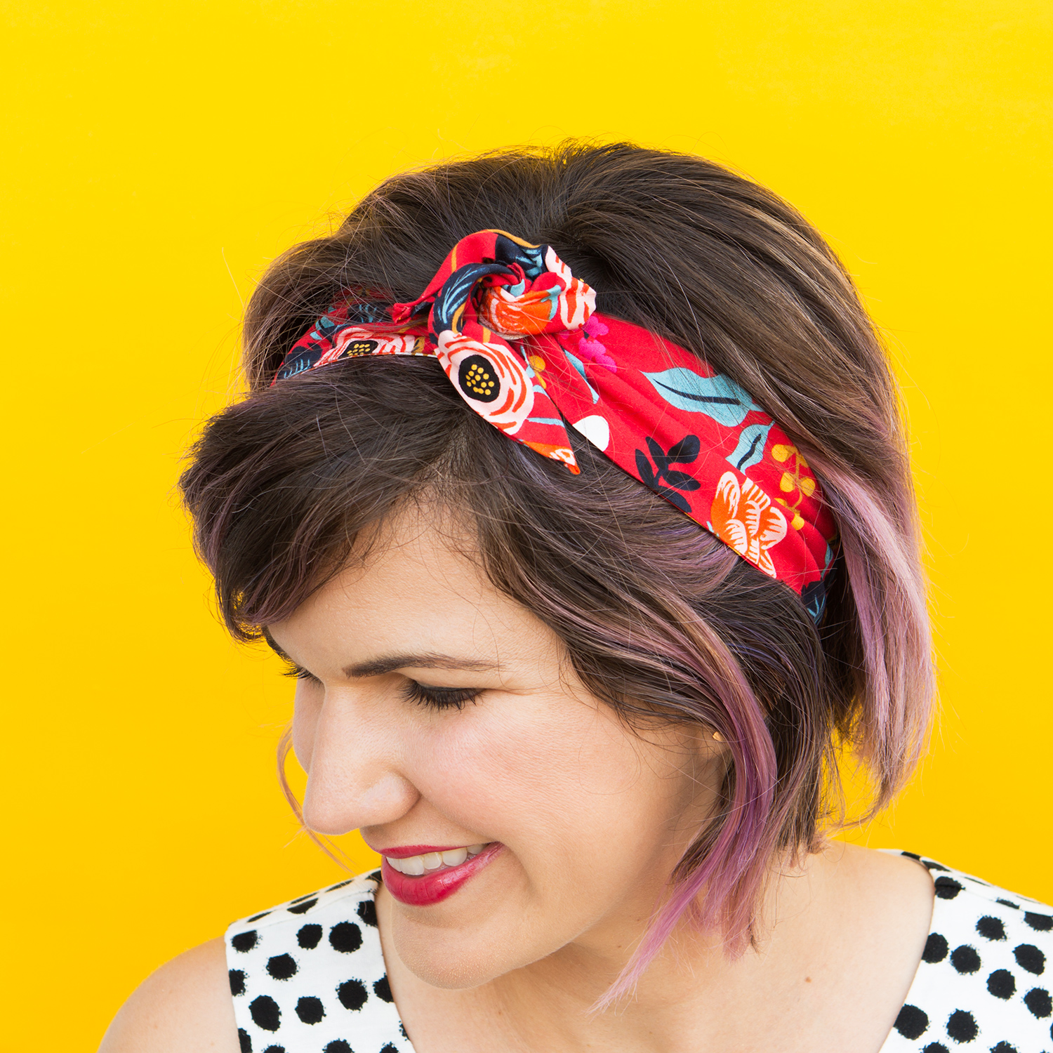 Twist or knot it! This easy to make wire headband doesn't require sewing.