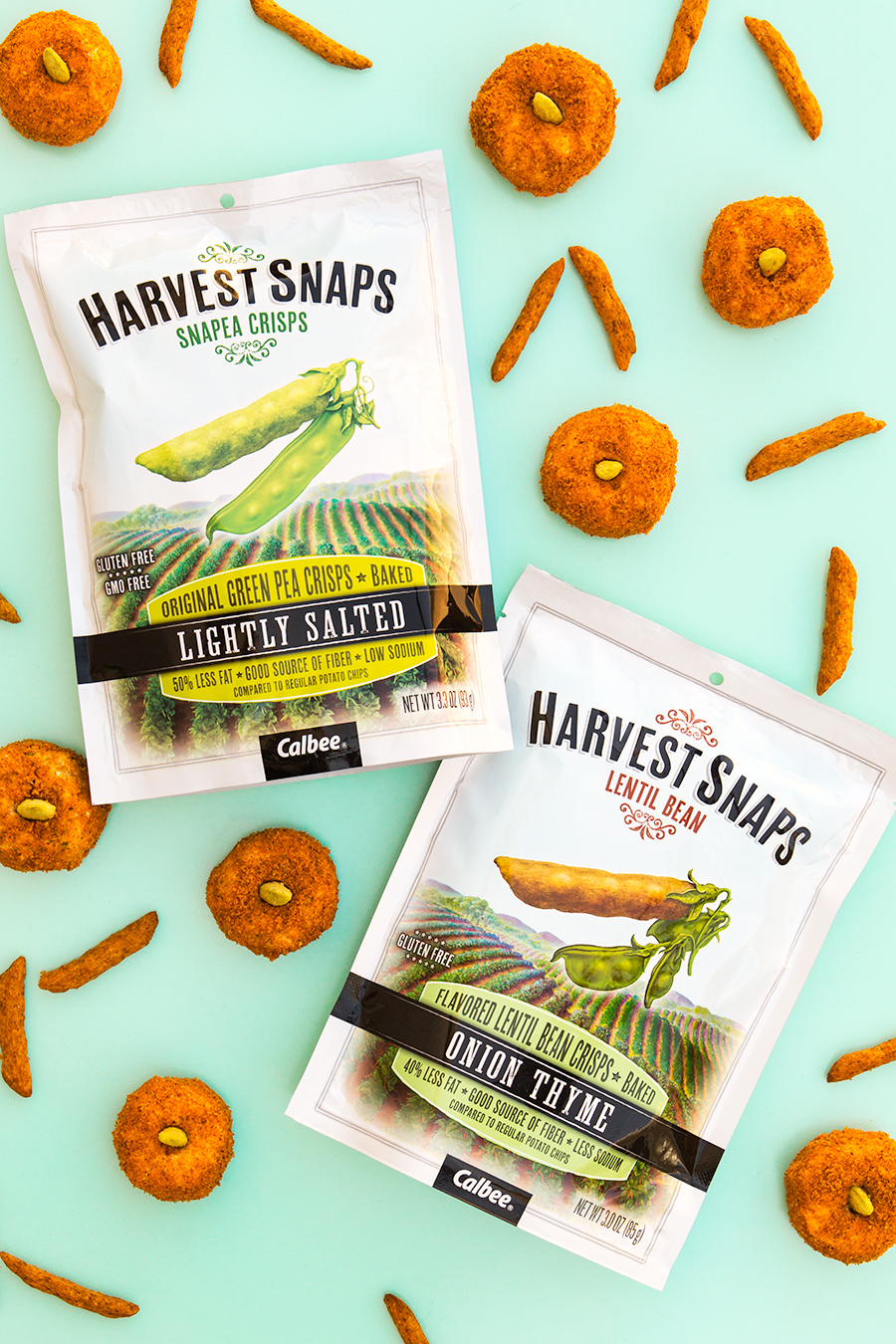 These mini cheese balls are shaped like pumpkins and perfect for Halloween parties and Thanksgiving dinners! Made with @HarvestSnaps. #harvestsnapslove