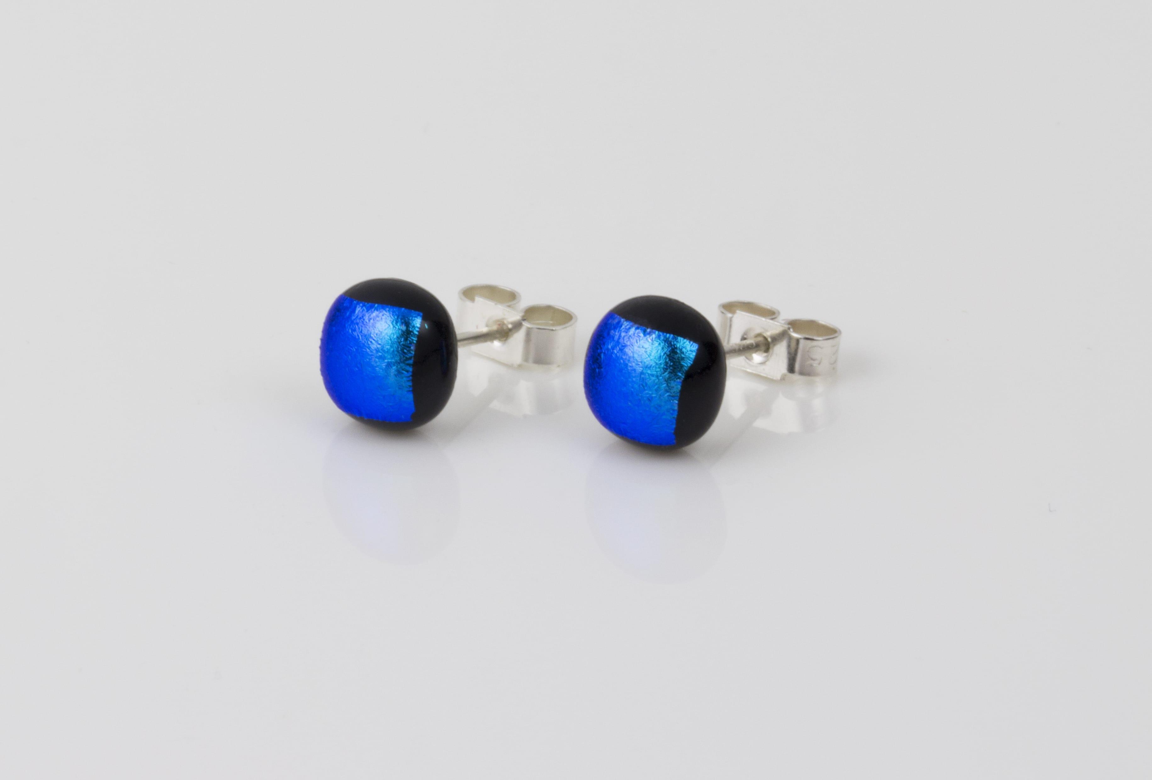 Handmade Jewellery :: Stud Earrings :: Teal handmade earrings