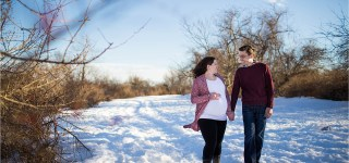 Maine Maternity Photographer, Wells Reserve at Laudholm Farm