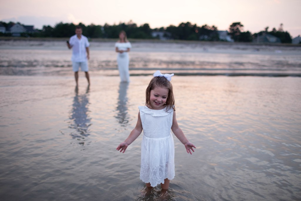 Bayview Beach Saco Maine Family Photo Session