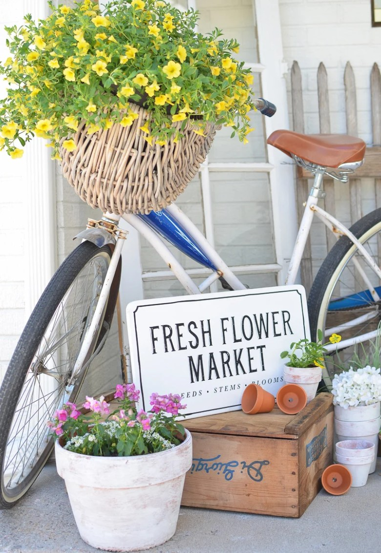 Farmhouse Style Summer Porch with Vintage Bike