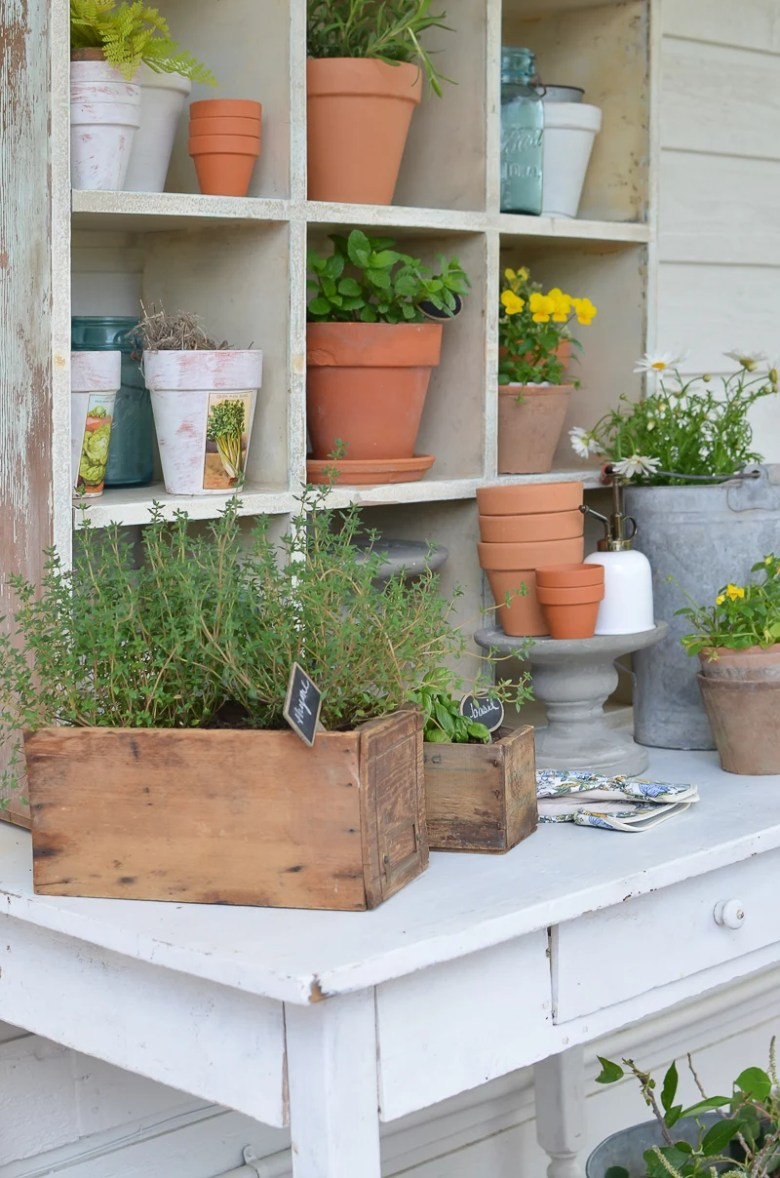 Farmhouse Style Potting Bench