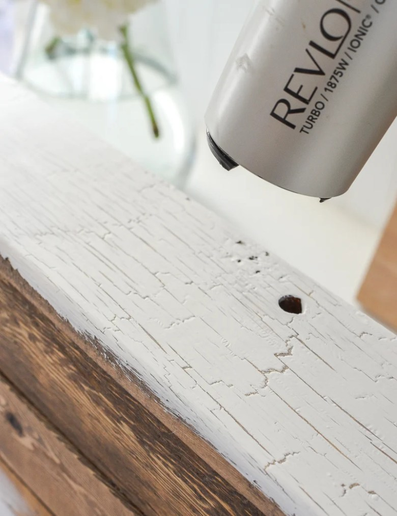 Easy DIY Cracked Paint