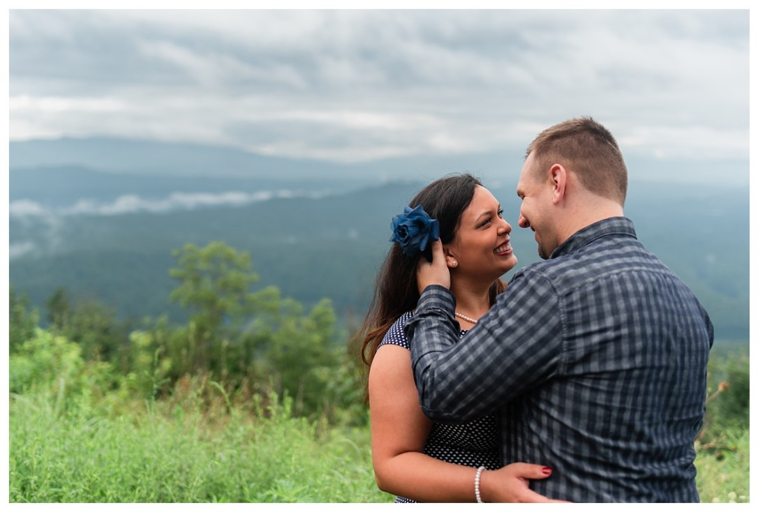 engaged couple in cherokee national forrest