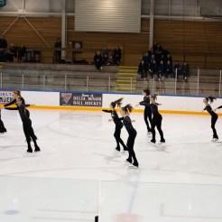 synchronized skaters