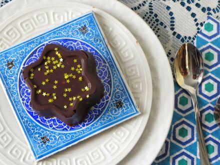 Chocolate Covered Salted Caramel Icecream Stars w Edible Gold Stars