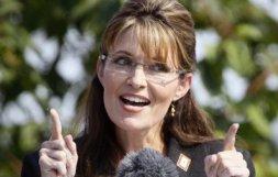 Sarah at resignation speech gesturing