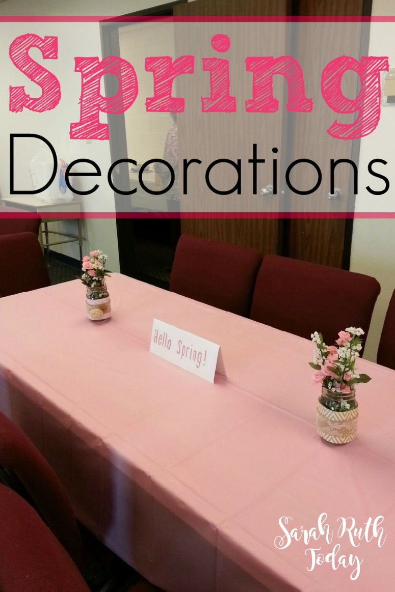 Spring Decorations (Super cute and simple spring decorations) I love the look of these! Would be great for a spring tea party or something.