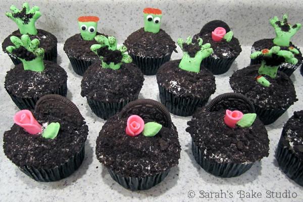 Marshmallow Fondant Zombie Cupcakes