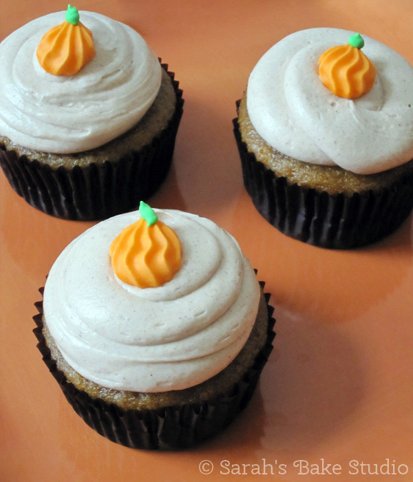 Pumpkin Cupcakes with Cinnamon Buttercream