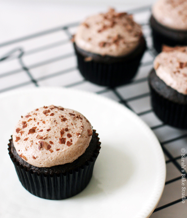 Chocolate 3 Musketeers Cupcakes