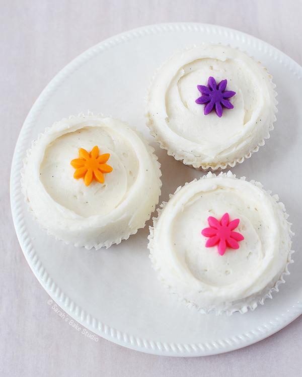 Vanilla Bean White Velvet Cupcakes Sarah S Bake Studio