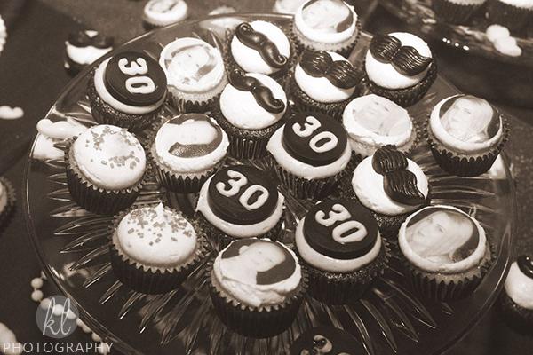Roaring 20s Dirty 30 Birthday Mini Cupcakes