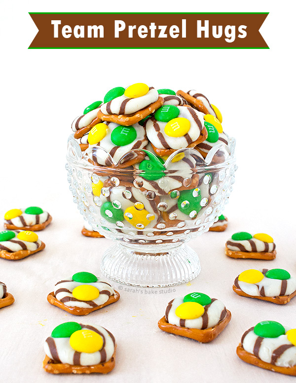 Team Pretzel Hugs – show your team spirit with this sweet and salty, crunchy and chocolatey football food treat.