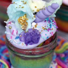Lisa Frank Unicorn Cupcakes from POPSUGAR