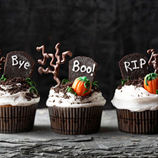 Graveyard Cupcakes from BHG