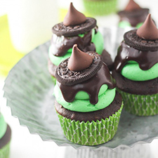 Melted Witch Cupcakes from Confessions Of A Cookbook Queen