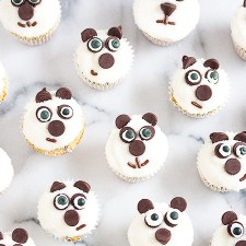 How To Make Panda Mini Cupcakes {Video Tutorial}