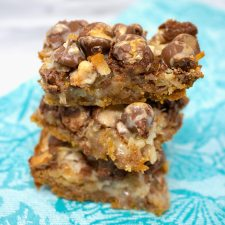 Malted Hello Dolly Bars