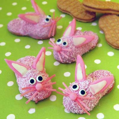 Bunny Slipper Cookies for Easter from Hungry Happenings