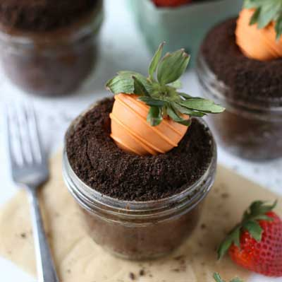 Cute Garden Carrot Cupcakes from Your Cup of Cake