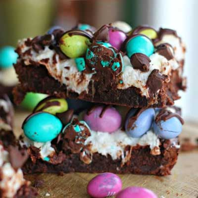 M&M Easter Egg Marshmallow Fudge Brownies from The Baking ChocolaTess