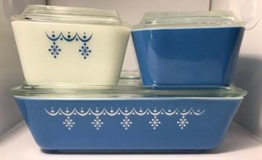 Snowflake Blue Refrigerator Dish Set (1972-1975)