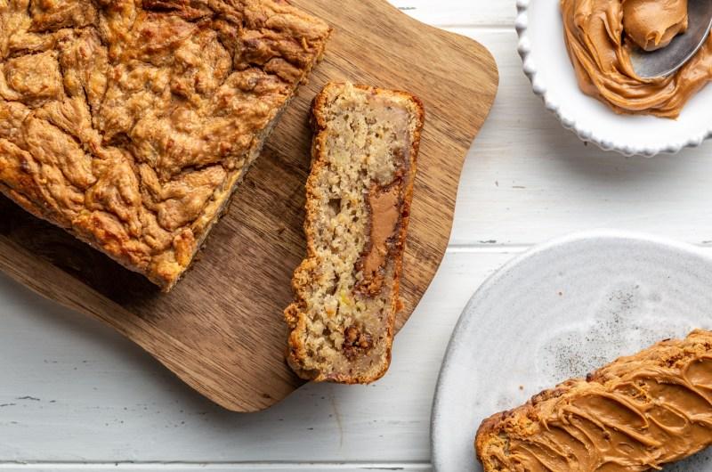 Vegan banana & Biscoff loaf
