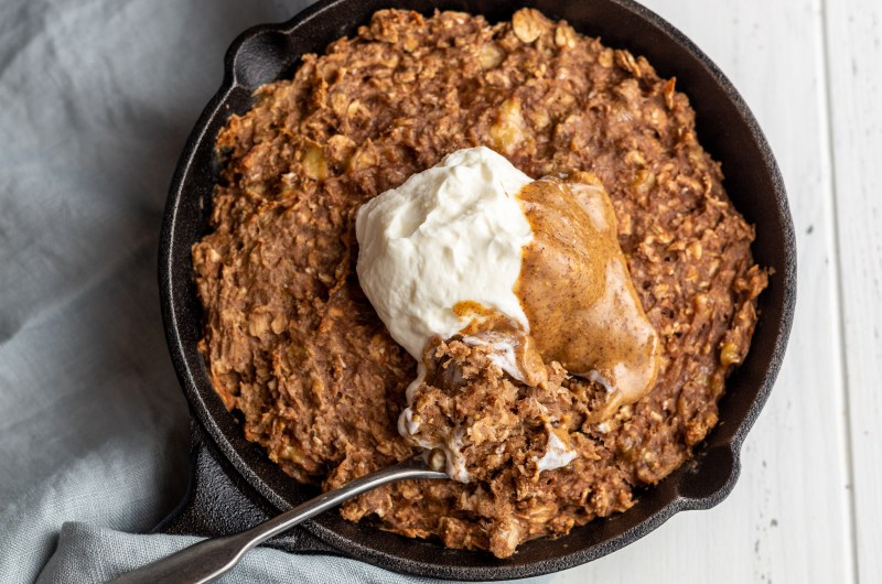 Chocolate and peanut butter baked oats