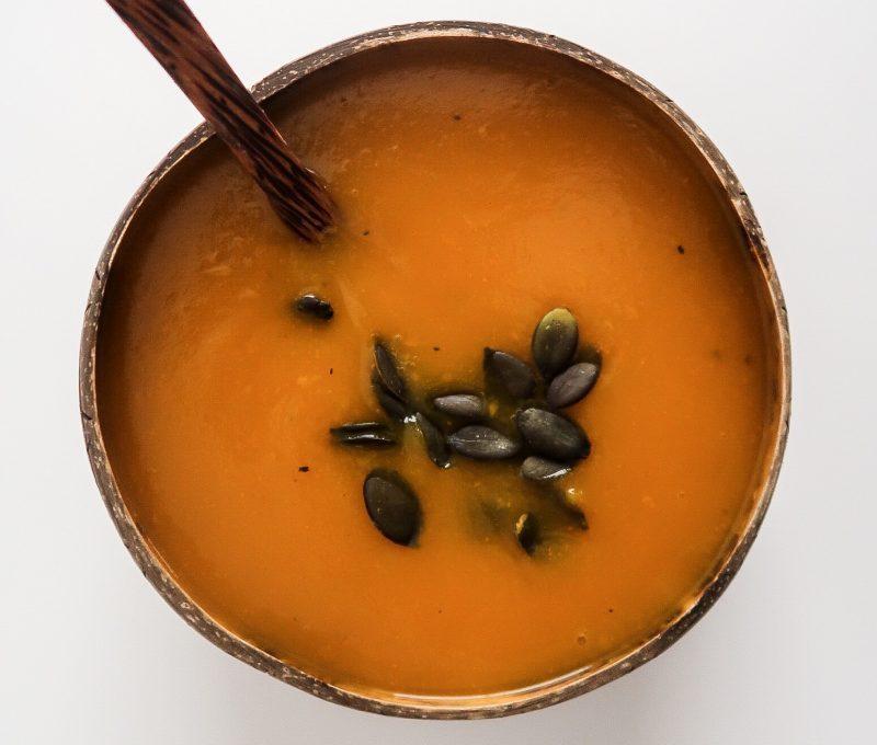 Pumpkin Apple Soup (vegan & oil-free)