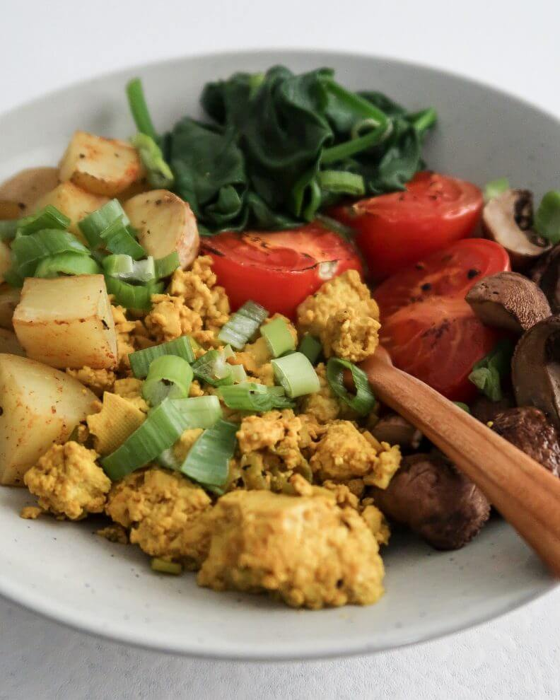 tofu-scramble-bowl