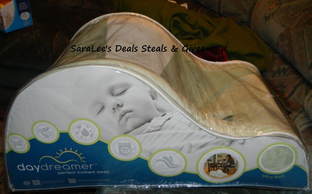 baby camping chair retro dining room table and chairs daydreamer: inclined infant for napping or lounging - saralee's deals steals & giveaways