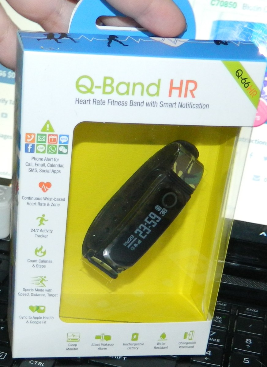 Q-Band Fitness Tracker