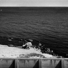 Sicilia, Marinella: la veduta dal lungomare TECNICA: Negativo b/n 35mm; fotogramma 24x65 mm, scatto mano libera FILE: Scansione negativo e postproduzione digitale STAMPA: Digitale