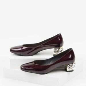 Лачени дамски обувки в бордо цвят-231079