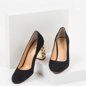 Велурени дамски обувки в черен цвят-230151