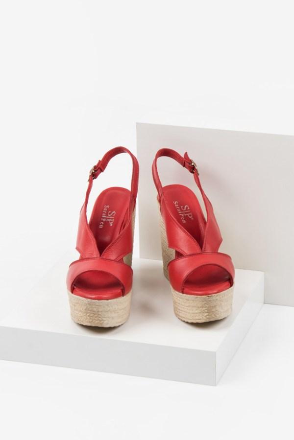 Кожени дамски сандали в червен цвят-038125